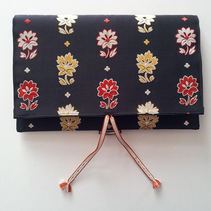 Clutch / Handtasche